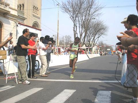 El Maratón de Saladillo tiene dueños